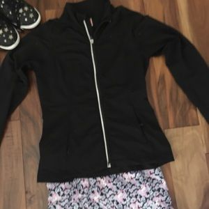 🔥3 for $20 🔥Lucy zip jacket